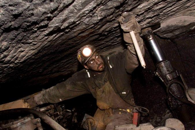 Coal Mining081
